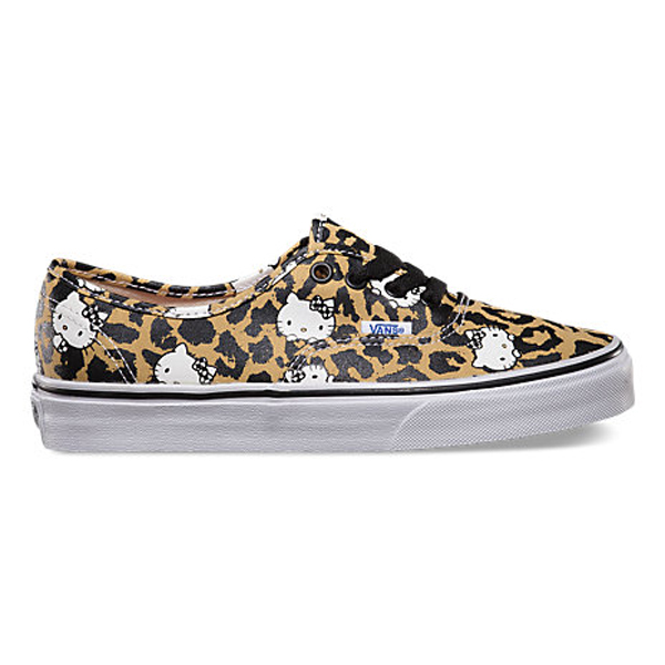 hello-kitty-authentic-leopard-true-white